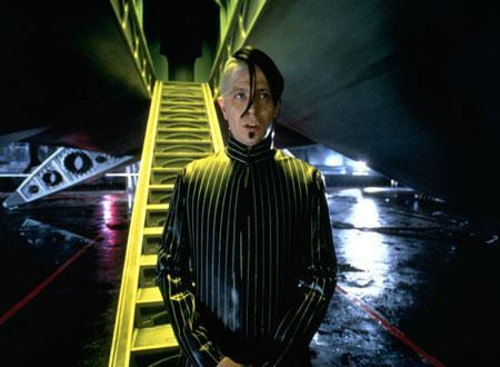 フィフス・エレメント ネタバレ 映画 徹底 考察 解説 評価 あらすじ Japan Sci-Fi 武器商人 ゾーグ